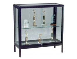 Retail & Counter-Height Display Cases